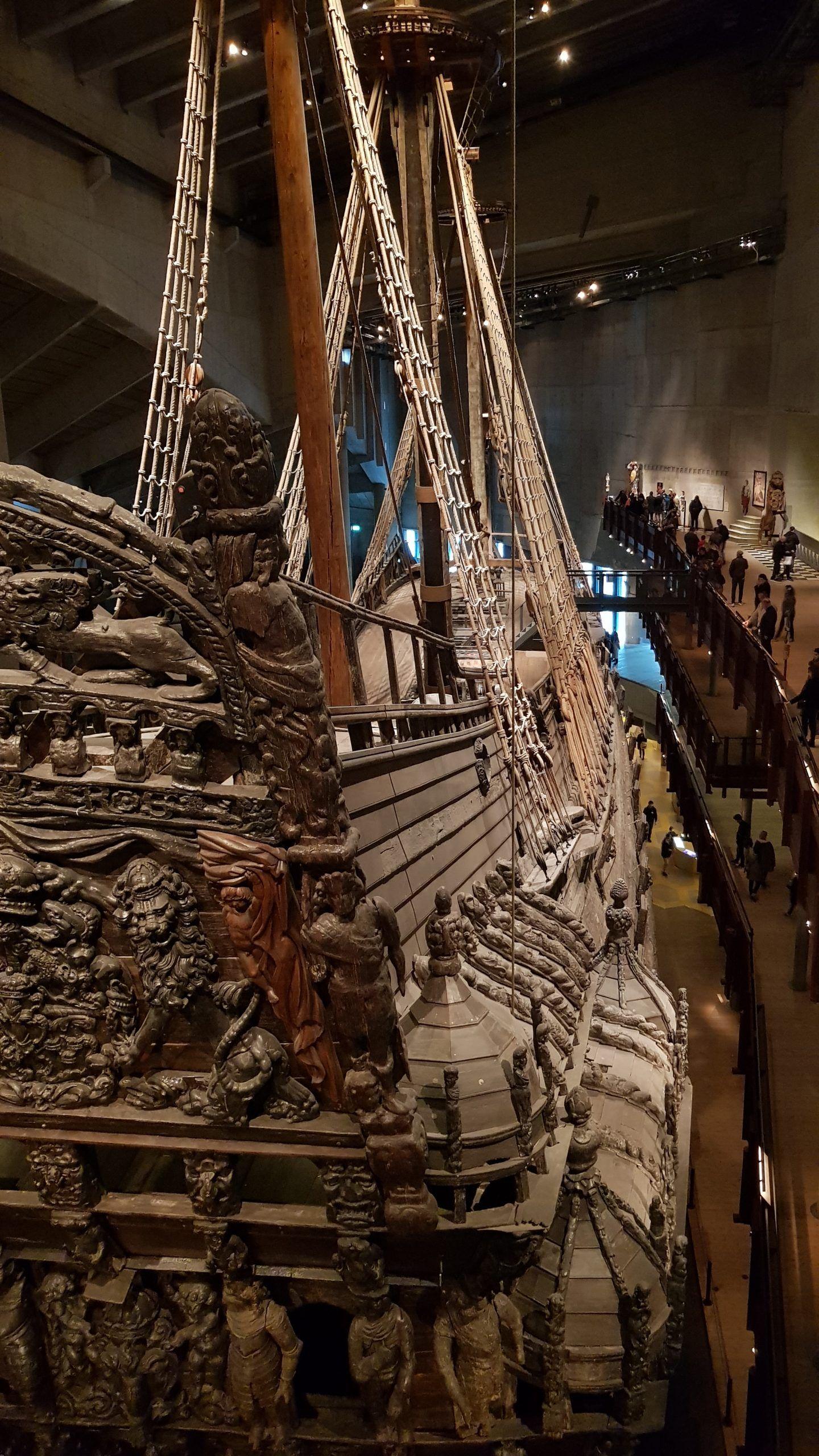 Barco VASA del siglo XVII rescatado del fondo del mar.