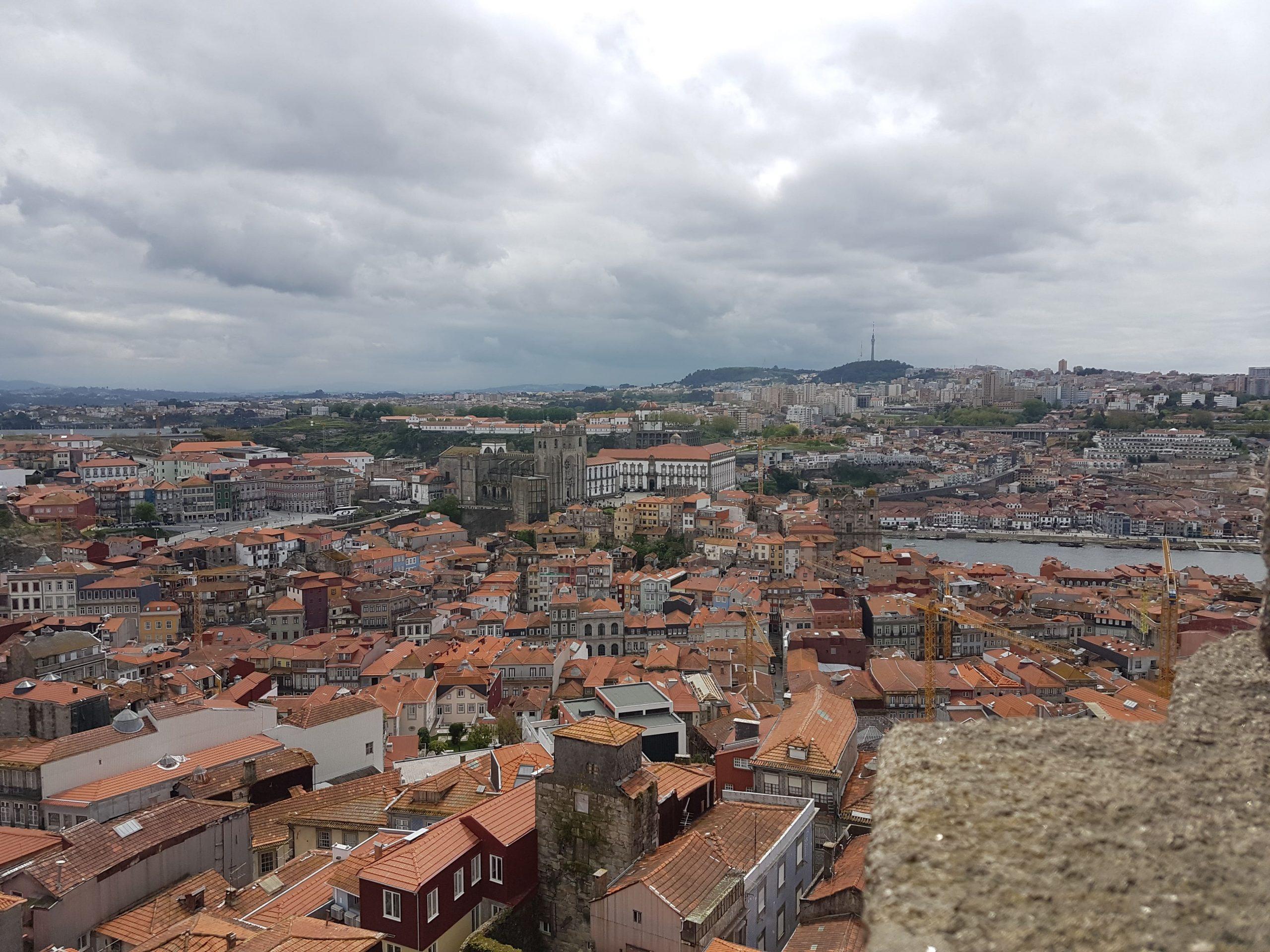 Panoramica de Oporto desde la torre de los Clérigos