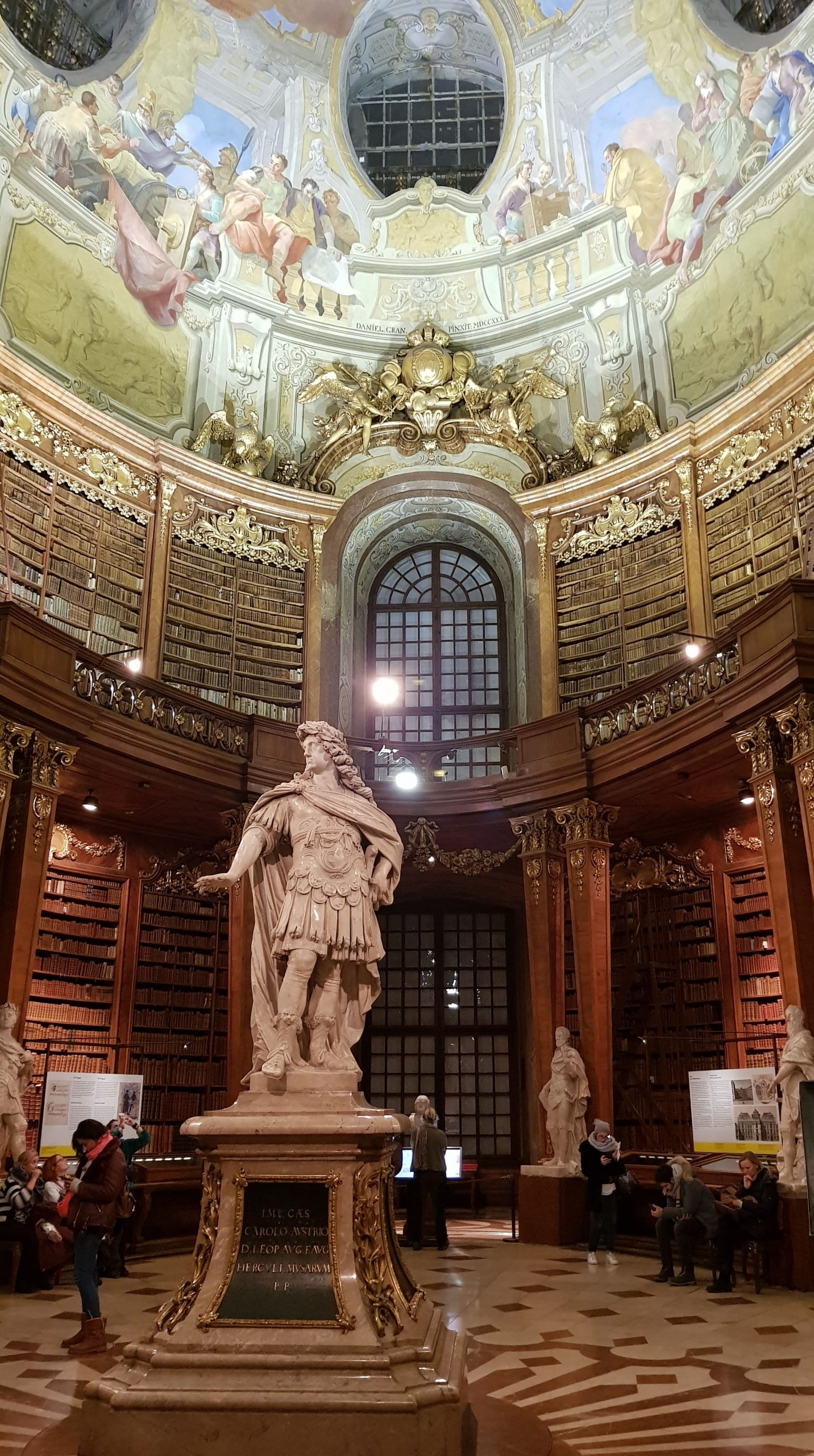 Interior de la Biblioteca de Viena