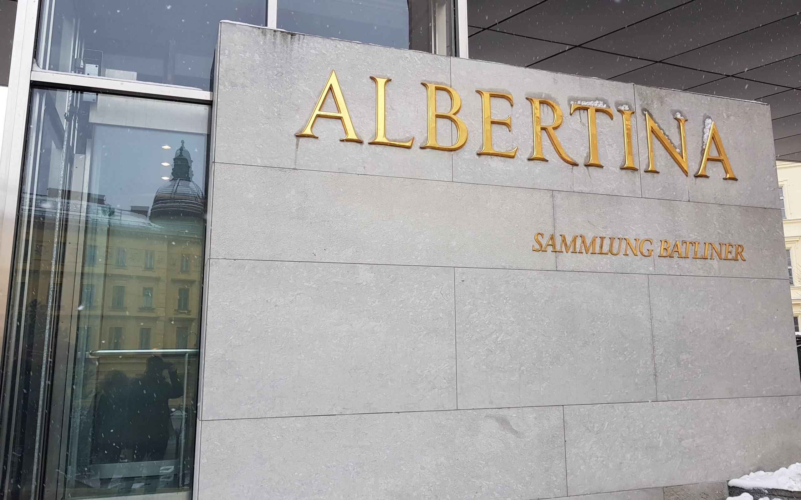 Entrada al museo de la Albertina de Viena
