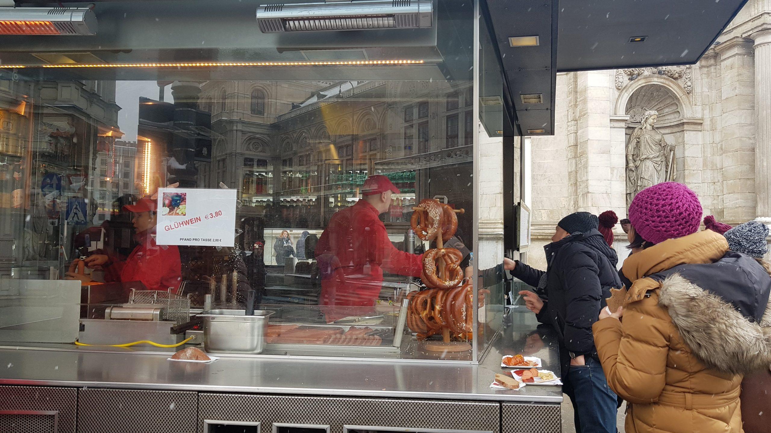 Puesto Bitzinger, Bretzels en las calles de Viena