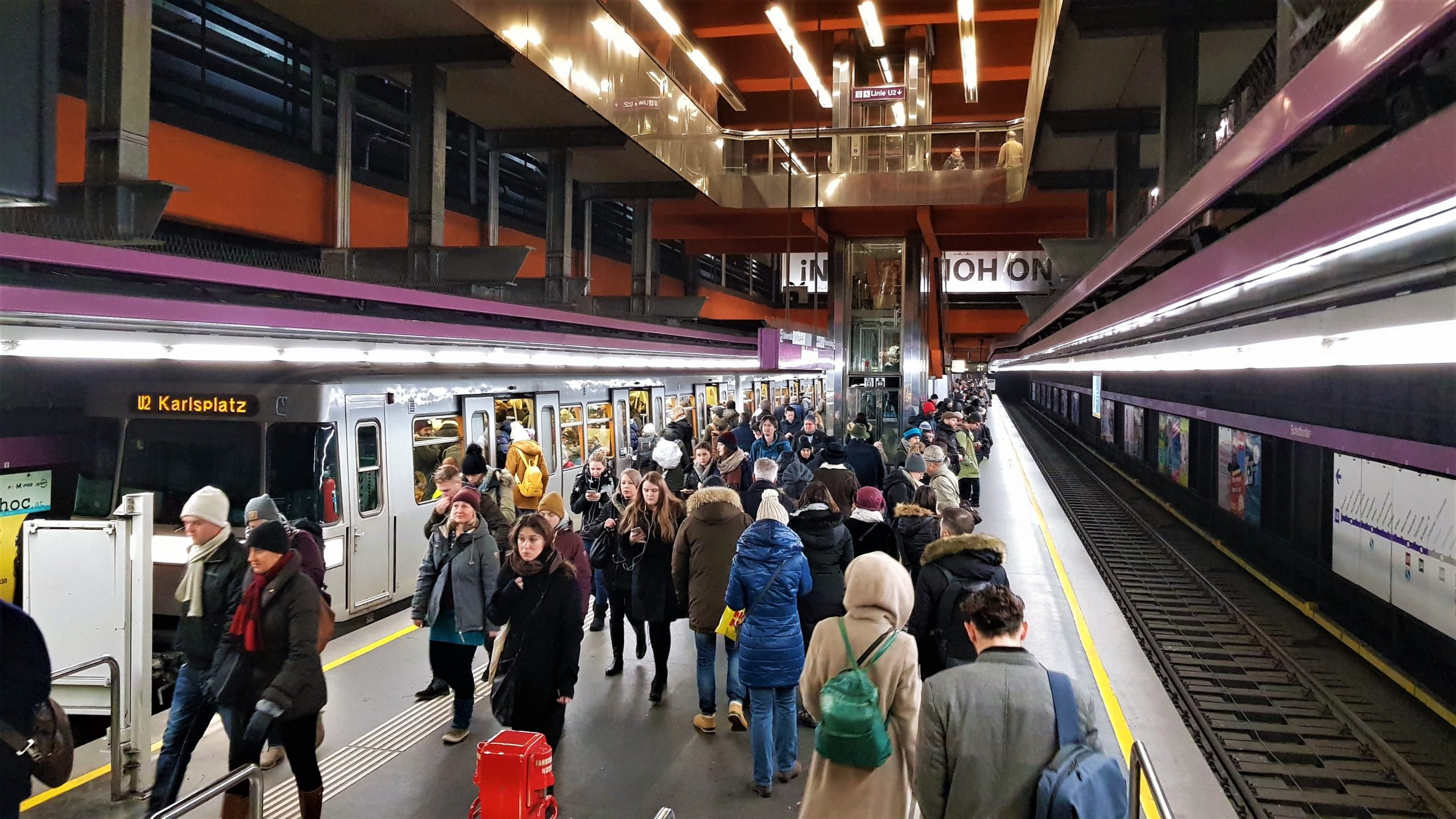 Interior U-Bahn de Viena